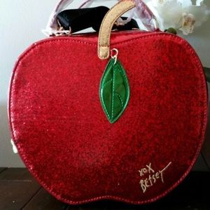 Betsy Johnson Apple tote/lunch bag